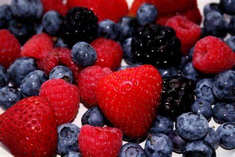 میوه های مناسب دوران بارداری