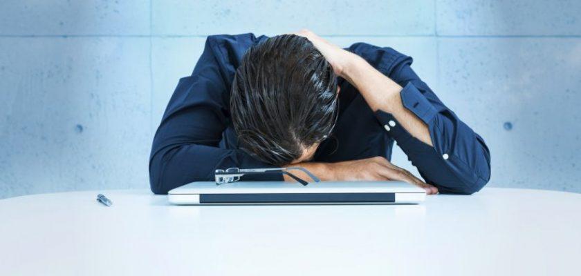 کمبود خواب و عواقب آن